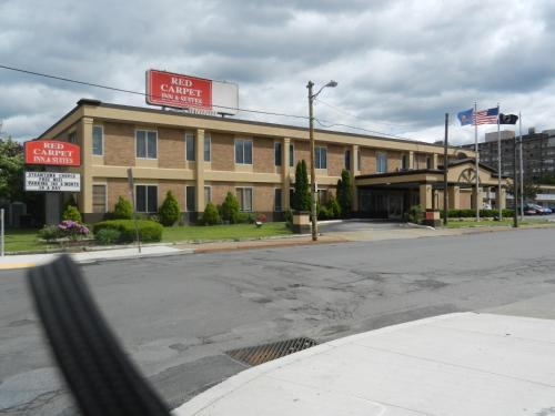 Red Carpet Inn And Suites Scranton