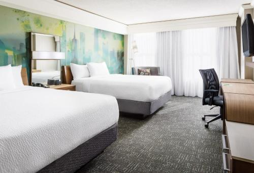 Courtyard By Marriott Magnificent Mile